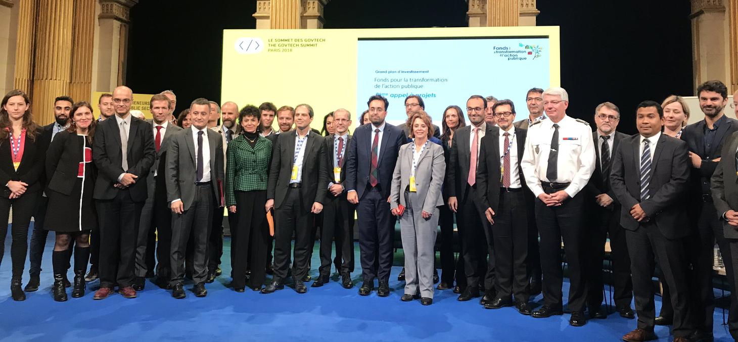 Représentants des 16 projets lauréats du FTAP en présence du ministre de l'Action et des Comptes publics et du secrétaire d'État chargé du numérique